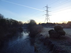 The River Mersey on a frosty morning (stillunusual) Tags: manchester a34 kingsway stockport urban urbanscenery urbanlandscape landscape mersey rivermersey riverbank river electricitypylon pylon nature frost sky mcr city england uk 2019