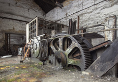 The big turn on. (Left in the Lurch) Tags: urbex abandoned industry factory machine