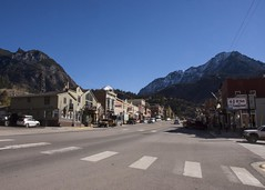 Town of Ouray (trainmann1) Tags: nikon d7200 amateur outside exterior outdoors fall 2018 vacation trip scenic beautiful co colorado west midwest ouray ourayco ouraycolorado switzerlandofamerica town small mountain mountainous snow street crosswalk cars tourist hotsprings handheld