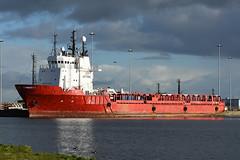 Atlantic Discovery - Leith - 28-10-18 (MarkP51) Tags: atlanticdiscovery portofleith scotland supportvessel ship boat vessel nikon d7200 sunshine sunny maritimephotography