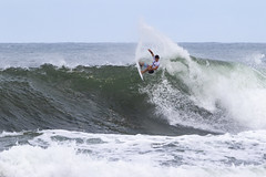 Jack Robinson (Ricosurf) Tags: 2018 qualifyingseries qs63 qs10k 10 000 surf surfing worldsurfleague wsl triplecrown vtcs haleiwa hawaiianpro action round3 heat13 jackrobinson haleiwaoahu hawaii usa