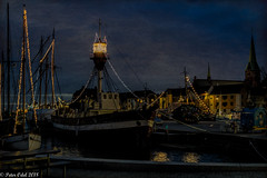 The old harbor in Elsinore (p_odel) Tags: tall ships night nightscape harbour harbor elsinore helsingør denmark danmark