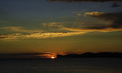 Sunset at Capo Caccia - Sardinia (Kat-i) Tags: sonnenuntergang sunset capocaccia sardegna sardinien sardinia alghero himmel sky wasser water wolken clouds mediterraneansea mittelmeer nikon1v1 kati katharina 2018