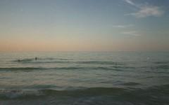 (a l k o i p a) Tags: summer sea sunset torrechianca puglia salento konicacenturiasuper100 konica nikonw35 nikon expiredfilm 35mm pellicola film analog