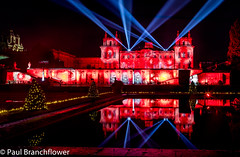 Blenheim Palace (pjbranchflower) Tags: blenheim palace churchill woodstock stately home christmas lights show reflection night