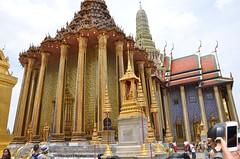 The Grand Palace (hamid-golpesar) Tags: thegrandpalace grandpalace bangkok sky people owaysee outdoor tabriz travel iran hamid hamidgolpesar hamidowaysee building nature