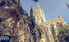 Southwark Cathedral Garden (Norm Barnecut) Tags: cathedral garden southwark london quiet churchyard cross