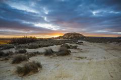 Cabaña de Tripa III - Bardenas Reales (javidurojimenez) Tags: tripa cabaña cabin desierto desert sunset atardecer cielo sky bardenas bardenasreales españa spain navarra paisaje landscape