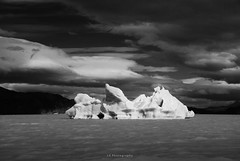 Estoy desafiando al tiempo (.KiLTRo.) Tags: kiltro cl chile patagonia magallanes torresdelpaine nationalpark iceberg ice lake water clouds sky nature landscape