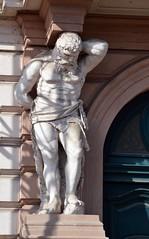 Prager Fassadendetails - 31 (fotomänni) Tags: prag praha prague kunst art reisefotografie statue skulpturen skulptur sculpture manfredweis