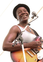 Cécile Doo-Kingué (peterkelly) Tags: digital womenexpression canon 6d guelphlakeconservationarea guelph ontario canada northamerica hillside hillsidefestival 2018 music musician concert player playing mike mic microphone festival céciledookingué guitar guitarist hat smiling smile singer