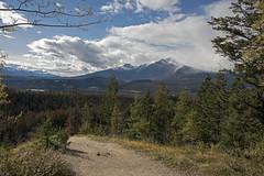 Maligne Lookout - DSC_2284a (Markus Derrer) Tags: malignelakeroad malignecanyon markusderrer jaspernationalpark fall september landscape mountains