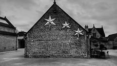 The Dukeries. Nottinghamshire. (ManOfYorkshire) Tags: dukeries thedukeries worksop nottinghamshire complex cafe building bw blackwhite stars silver christmas decoration minimal minimalist
