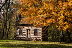 Log Cabin-Fall 3-0 F LR 11-1-18 J002 (sunspotimages) Tags: cabin logcabin autumn fall fallcabin autumncabin building archicture archictural cabins fallcabins autumncabins md maryland