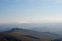 morning fog in tuscany IV (Anna-logisch) Tags: nebel toskana landscape mist tuscany italy nikond7000 sky