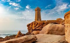 Lighthouse (jochen.bogomiehl) Tags: lighthouse cotegraniterose france bretagne warm orange leuchtturm sky himmel