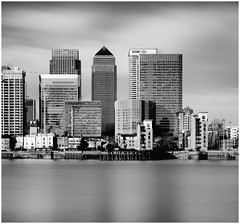 Canary Wharf (Andy J Newman) Tags: longexposure docklands nikon london eastlondon silverefex d810 blackandwhite monochrome england unitedkingdom gb