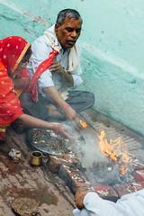 Hindu Pooja, Varanasi India (AdamCohn) Tags: adam cohn ganga ganges india uttarpradesh varanasi alley alleyway blessing fire pooja prayer puja ritual streetphotographer streetphotography wwwadamcohncom adamcohn