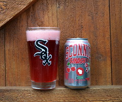Sconnie Smash Ale (Vinny Gragg) Tags: beer beers beercan beercans joliet illinois jolietillinois willcounty alcohol liquor booze chicagowhitesox whitesox mlb baseball sconniesmashale sconniesmash ale cherry cranberry glass glasses sconnie smash foam