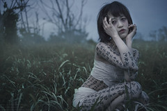 Grudge the obey (TAKAGI.yukimasa1) Tags: portrait woman people cute girl beauty female fineart canon eos 5dsr japanese asiangirl asian cool dark ポートレート 人像 人像攝影 fineartphotography 外拍 portraitphotography portraiture conceptualphotography