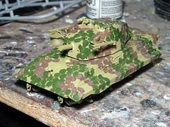 "1:72 Kampfpanzer E-50 Ausf. C (SdKfz. 304) with X-7 ""Rotkäppchen"" anti-tank missile launchers; vehicle ""209"" of the 2. Kompanie, Schwere Heeres Panzer Abteilung 508 (s.H.Pz.Abt. 508); Landsberg am Lech, spring 1946 (Whif/modified Modelcollect kit) (dizzyfugu) Tags: 172 conversion e50 einheitspanzer mbt battle tank 105 cannon kwk gun heer 46 1946 fictional fantasy ambush hinterhalt ral 7028 6003 dunkelgelb olivgrün rotbraun schwere panzerabteilung wwii tiger königstiger modelcollect kramer x7 rotkäppchen missile rocket launcher antitank heavy whif whatif modellbau dizzyfugu"