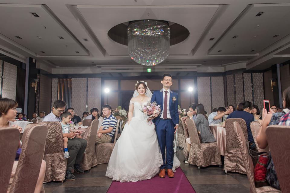 台南東東宴會式場 婚宴 走在幸福的紅毯上 R & B 116