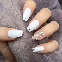 HOT White Nails Ideas for Christmas 2018