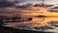 lumière matinale (flo73400) Tags: leverdesoleil paysage eau lumière landscape longexposure poselongue see water boat sunrise light