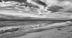 B&N (candi...) Tags: mar playa arena cielo nubes naturaleza nature airelibre samsunga5