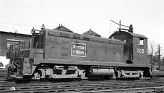 Boston & Maine EMC SC #1105 at Lawrence, MA (Houghton's RailImages) Tags: bm bostonmaine emc sc switcher railroad diesel locomotive lawrence massachusetts usa