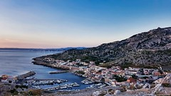 Village des Goudes, Calanque de Marseille, Côte d'Azur France -20180624_210020 (jmlpyt) Tags: abrupt fort chateau caillou calanques ciel europe falaise france horizontal image en couleur littoral marseille mer méditerranée nature paradisiaque passion paysage paysages photographie port pêche rocher sans personnage provence alpes côte dazur montagne sud de la steep castle rock sky cliff color coastline sea mediterranean idyllic landscape scenics photography harbor fishing no people alps cote mountain south provencealpescôtedazur marina