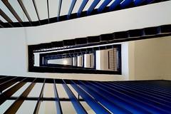 blue [EXPLORE 2018-12-18] (pix-4-2-day) Tags: blue blau stairs treppe steps geländer stufen decke ceiling treppenauge zigzag zickzack