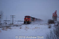 419 blasts through Morinville (awstott) Tags: emd sd75i c449w c408w canadiannationalrailway alberta cnr 2601 train electromotivedivision cn generalelectric locomotive 2141 5655 ge sturgeoncounty canada ca