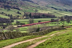Edale Aggregate (whosoever2) Tags: uk united kingdom gb great britain england nikon d7100 train railway railroad january 2019 edale hopevalley dbcargo class66 66151 6z89 peakforest cemex peterborough freight aggregate