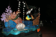 Under the Sea (Steve Dawson.) Tags: mainstreetelectricalparade mainstreet parade nighttime disneys magickingdom baylake orlando florida usa holiday canoneos400ddigital canon eos 400d digital efs1855mmf3556 efs1855mm f3556 31st march 2008