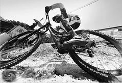 Duas Rodas Foto Marcus Cabaleiro Site: https://marcuscabaleirophoto.wixsite.com/photos Blog: http://marcuscabaleiro.blogspot.com.br/ #muscabaleiro #santos #sp #brasil #bike #mono #fotografia #arte #brazil #monocolor #photography #photographer #pb #nikon # (marcuscabaleiro4) Tags: cinquentatonsdecinza brazil brasil contraste bike arte duasrodas mono nikon olhar white blackandwhite bw photographer sp muscabaleiro monocolor radical black fotografia pb monochrome tonsdecinza photography santos