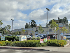 Rancho Bernardo 10-10-18 (32) (Photo Nut 2011) Tags: ranchobernardo sandiego california albertsons
