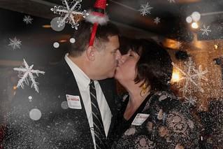 kiss snow