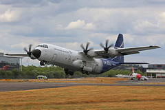 N5103D Lockheed LM-100J Hercules Lockheed Martin lift off Farnborough Air Show 17th July 2018 (michael_hibbins) Tags: n5103d lockheed lm100j hercules martin takeoff farnborough air show 17th july 2018 n american usa us united states of america lm100 prop props propeller propellers multiengined multirole turbine turbo aeroplane aircraft aviation aerospace airplane aero airshow airfields airport airports civil commercial freighter freight cargo ng
