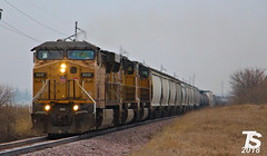 UP 6897 Leads SB Manifest Iowa Falls, IA 12-22-18 (KansasScanner) Tags: iowafalls ackley austinville iowa cn bnsf up train railroad