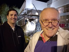 November 27, 2018 (63) (gaymay) Tags: california desert gay love palmsprings riversidecounty coachellavalley sonorandesert the riverrancho mirageart climbers statue pig