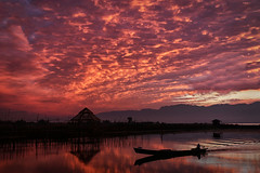 Morning Glory (HWHawerkamp) Tags: sunrise twilight dramatic sky sun lake moody reflection daybreak inle myanmar travel mood