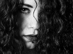 Justine (Lievinshoot) Tags: portrait regard rousse cheveux