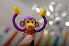 Evil monkey plans (radargeek) Tags: mall oklahomacity pennsquaremall 2018 november veteransday lolliandpops candy store monkey candydispenser cymbals