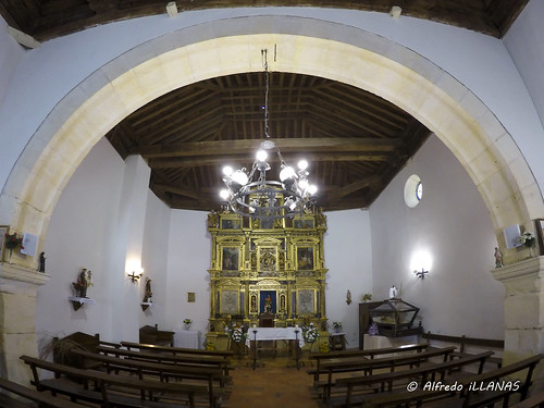 "Interior de la ermita de San Roque • <a style=""font-size:0.8em;"" href=""http://www.flickr.com/photos/158523641@N04/45289329174/"" target=""_blank"">View on Flickr</a>"