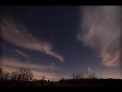 Star trail timelapse in 2k (Peeb OK) Tags: star startrail cloud timelapse night nikon tokina comet 46p wirtanen