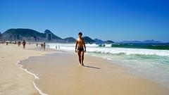Copacabana (a l o b o s) Tags: copacana sand arena garoto cute nice beautiful boy water beach playa funny divertido enjoying rio de janeiro brasil brazil have fun outdoors candid brazilian brasileño sony nex5r