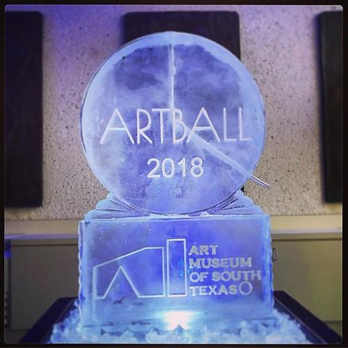 Kicking off the #artball2018 @artmuseumofsouthtexas in style! #fullspectrumice #iceluge #thinkoutsidetheblocks #brrriliant #branding - Full Spectrum Ice Sculpture