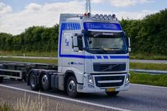 AJ24152 (17.07.06, Motorvej 501, Viby J)DSC_4075_Balancer (Lav Ulv) Tags: 234391 clausmadsentransport clausmadsen cmtradingtransport clauseinermadsen vig volvo volvofh fh460 eev euro5 e5 6x2 drivervagn 2013 fh3 skeletaltrailer truck truckphoto truckspotter traffic trafik verkehr cabover street road strasse vej commercialvehicles erhvervskøretøjer danmark denmark dänemark danishhauliers danskefirmaer danskevognmænd vehicle køretøj aarhus lkw lastbil lastvogn camion vehicule coe danemark danimarca lorry autocarra danoise vrachtwagen motorway autobahn motorvej vibyj highway hiway autostrada trækker hauler zugmaschine tractorunit tractor artic articulated semi sattelzug auflieger trailer sattelschlepper vogntog oplegger sættevogn