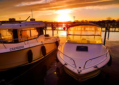 January sunset mood (claudia.kiel) Tags: strande ostsee balticsea hafen harbour boot boat sonne sun sonnenuntergang sunset sunsetmood